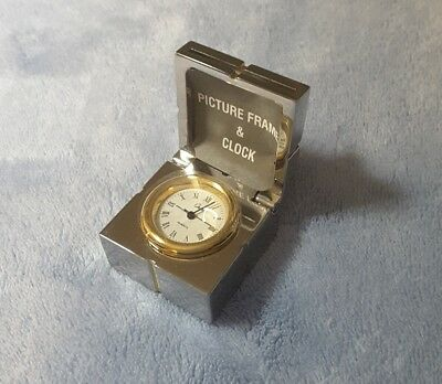 1996 Miniature Gift Box Metallic Silvertone Desk Clock And Picture Frame W/bow