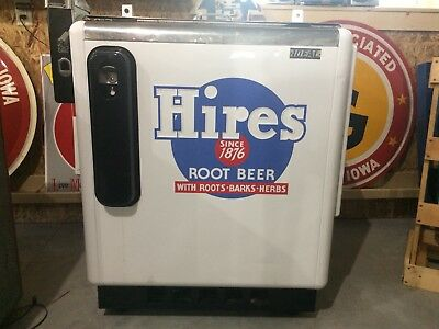 1950's Hires Root Beer Slider Soda Machine