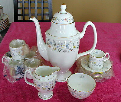 Coalport China (English Garden) COFFEE SET (Pot, Creamer & Sugar, & 6 Demi C&S)