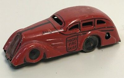 Old MARX Tin TRICKY Fire Chief WIND UP Car 3rd BFD