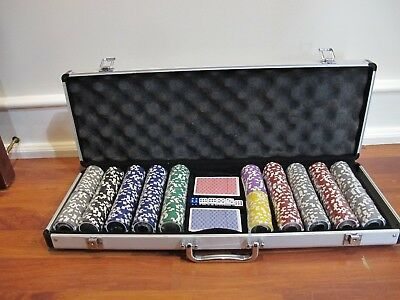 500 Piece Tournament Pro Poker Clay Poker Set in Aluminum Carrying Case