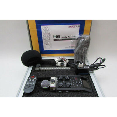 ZOOM H6 Handy Recorder w Accessories in Case