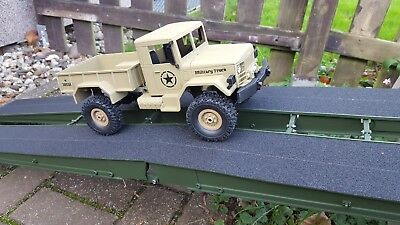 HENG LONG 1/16 2.4G 4WD RC Military Truck Rock Crawler Army Car