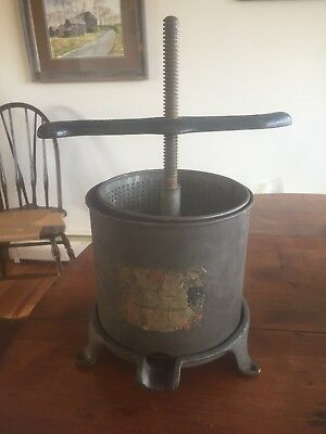 Rare Vintage Antique  Cast iron Juicy fruit press