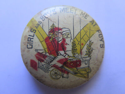 FOYS STORE FATHER CHRISTMAS ADELAIDE TINNIE BADGE c1950s in GOOD CONDITION