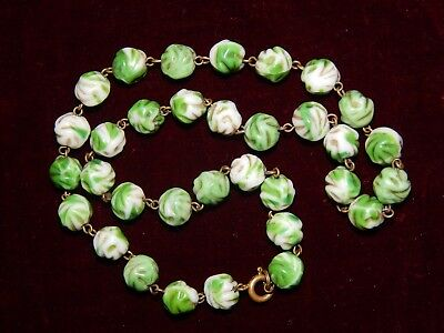 "VINTAGE ART DECO GREEN SWIRL ""END OF DAY"" GLASS BEAD NECKLACE ~ CZECH  ~ 1930's"