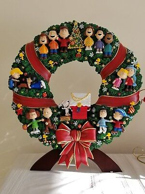 Danbury Mint The Peanuts Christmas Wreath Lighted Snoopy Charlie Brown