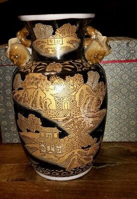 Canton-Style Asian China Covered Pottery vase Vintage in fabric box black beige