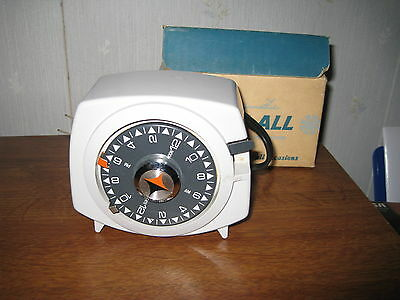 Vintage Intermatic Time All Appliance Timer Model A221-6