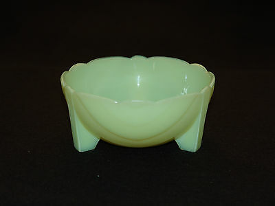 """Vintage McKee """"Seville Yellow"""", Footed Art Deco """"Bulb"""" Bowl, 5 1/2-inch, HTF"""