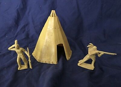 Marx 1950s Rin Tin Tin Fort Apache 3627 Indian Tepee w/ Scout & Shooter