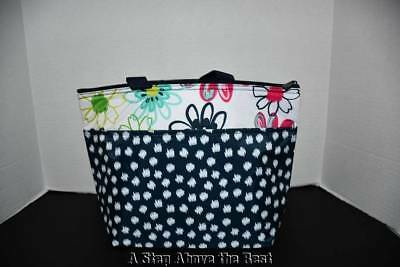 Thirty One Thermal Tote in Loopsy Daisy- NEW
