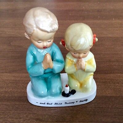 """Vintage 1956 Napco """"and God Bless Mommy & Daddy"""" Children Praying Figures"""