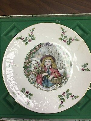 1978 Royal Doulton Victorian  Christmas Collector Plate