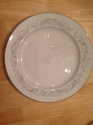 Wentworth Fine Chiner Dinner Plate Ladybird Pattern No. 8623