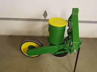 1 Row John Deere 71 Flex Food Plot Sweet Corn Planter JD 71 Deer