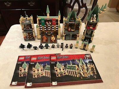 LEGO Harry Potter Hogwart's Castle 2010 4842 100% Complete with three manuals