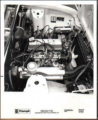 Triumph 1500TC engine view Original black & white Press Photo No. 241430 1973