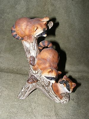 Home Interiors Homco Masterpiece Porcelain 3 Raccoons On A Log 1978