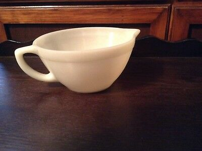 Vintage 1950s Anchor Hocking Fire-King Batter Mixing Batter Bowl with Handle