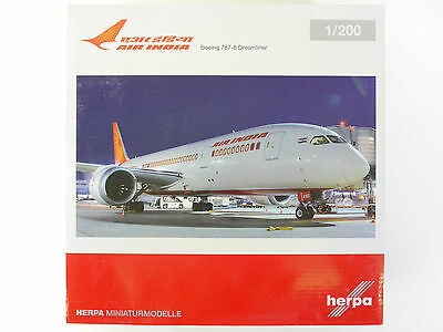 Herpa 555388 Boeing 787-8 Dreamliner Air India VT-AND OVP 1601-31-75