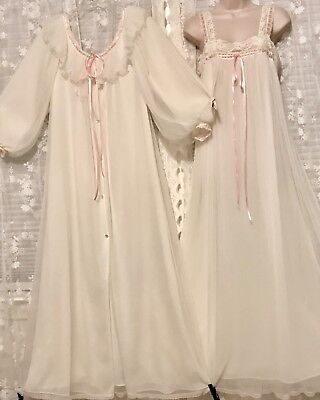 VTG White w Pink CHEVETTE 4 Layer Pleated Chiffon Peignoir Robe Nightgown Set M