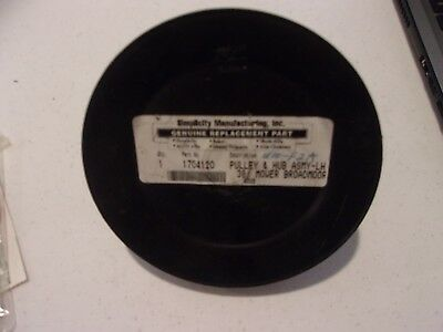 NEW Genuine Simplicity Pulley /& Hub Assembly 1666693SM LOTS More Listed LG7
