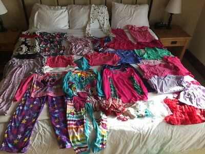 Large Lot Of 30+ Pieces Girl Play Clothes Size 6/7/8 All Seasons