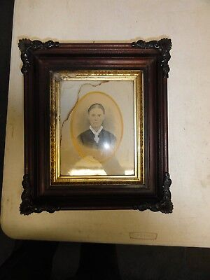 Antique Victoria Deep Frame With Gilt Liner  With Glass Holds 8 By 10 Image