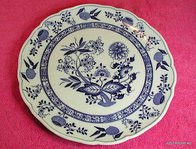 "Hutschenreuther (Blue Onion Scalloped) 10 3/4"" LARGE DINNER PLATE(s) Exc (8 av)"