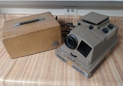 Vintage Revere Automatic Slide Projector 888 w/ Case ASIS For Parts Ships Free