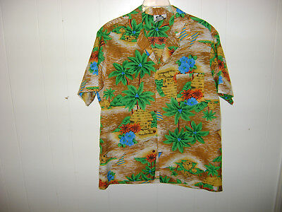 HILO HATTIE Vintage HAWAIIAN Shirt Size LARGE Polyester Huts and Palm Trees