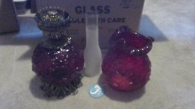 Beautiful Fenton Art Glass Ruby Red Raised Flowers Gone With The Wind Lamp