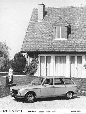 1971 Peugeot 304 Super Luxe Station Wagon ORIGINAL Factory Photo oua1608