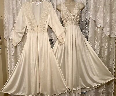 VTG IVORY Bridal SHADOWLINE SILKY Peignoir Robe Nightgown Negligee Gown Set 2X !