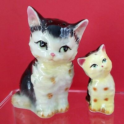 Vintage Mid Century Mama Cat Kitten Figural Salt Pepper Shakers Japan Porcelain