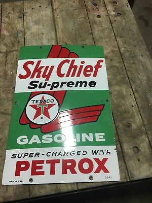 Vintage 1962 Sky Chief Su-preme Texaco Gasoline Porcelain/Metal Sign 12x18