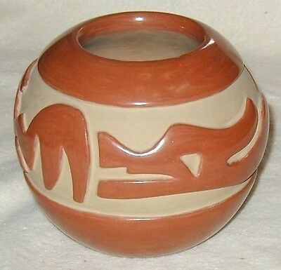 Vintage Santa Clara AVANYU Red Bowl Pottery Hand Carved by Mary Cain (d) c1970s