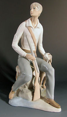ZAPHIR Lladro Spanish Porcelain Boy, Rifle & Hunting Dog Figurine Jose Puche yqz