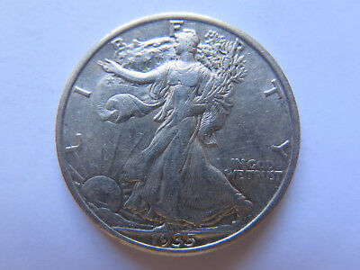 1935 USA LIBERTY SILVER HALF DOLLAR or 50 CENTS in EXCELLENT CONDITION