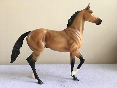 Breyer Traditional #1282 2007 Limited Edition Akhal-Teke Buckskin Lonesome Glory