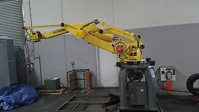 FANUC ROBOT M-410iB/300 with Track Unit and RJ3iB Controller CLEAN, ONLY 145HRS!