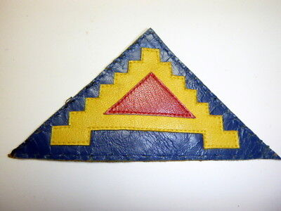 A   Very Fine  WW 2 U S Army 7th Army 3 Piece Leather Patch Off Uniform