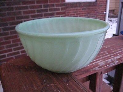 Vintage Anchor Hocking Fire King Jadite Swirl Mixing Bowl