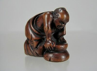 Early 19th Century Japanese Wood Netsuke: Matcha Grinder