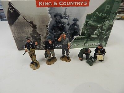 King and Country German WW11 Tank Crew - 5 figure set
