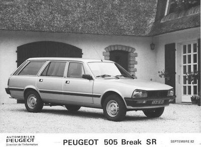 1982 Peugeot 505 SR Station Wagon ORIGINAL Factory Photo oua1888