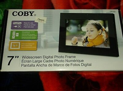 """Digital Photo Frame, Coby,7"""" Widescreen,full Support For Camera Memory Cards"""
