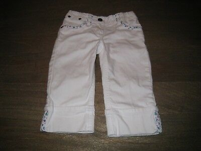 EUC Mini Boden Capri Length White Demin Jeans w/ Floral Details. GIRLS 5 yrs
