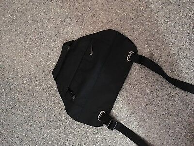 Nike Victory Yoga Schultertasche